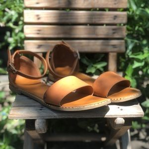 Rugged leather strappy sandals with studs